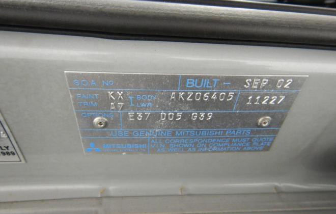 Mitsubishi Magna Ralliart build number and VIN plate (2).jpg