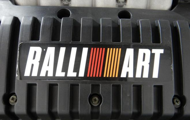 Mitsubishi Magna Ralliart engine images (2).jpg