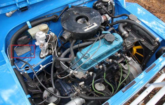 Moke engine bay 1275.jpg
