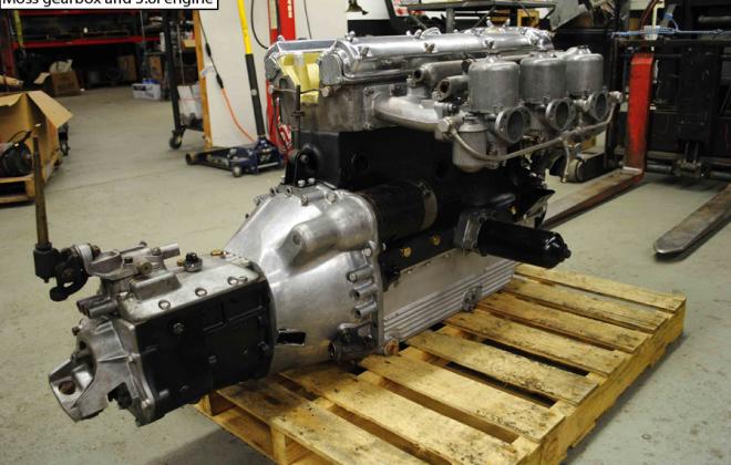 Moss gearbox on Jaguar E-Type XK-E engine.png