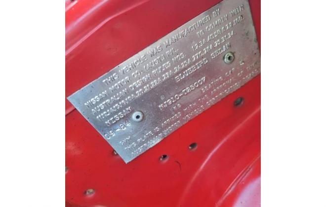 Nissan P910 TR-X TRX 1984 sedan red images  (26).jpg