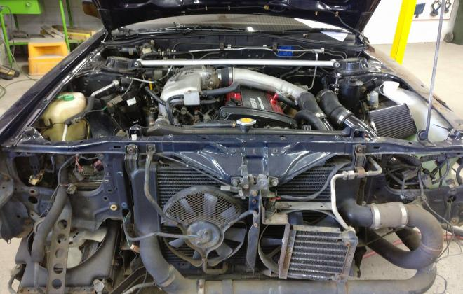 Nissan Skyline R31 GTS-R intercooler front and airconditioning system engine.jpg