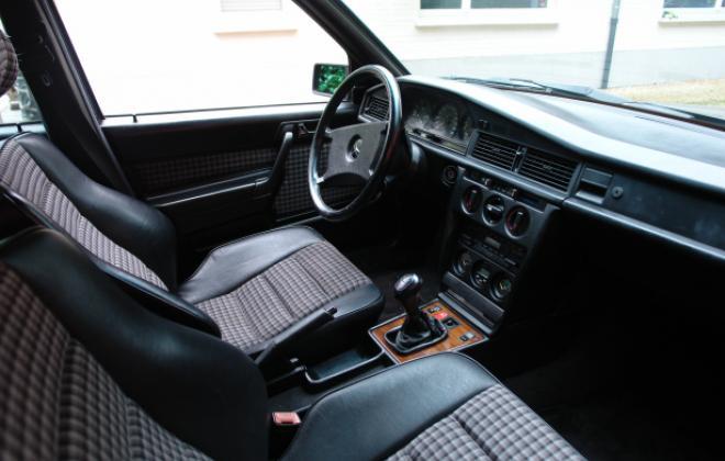 Non airbag interior 2.3-16 mercedes.jpg