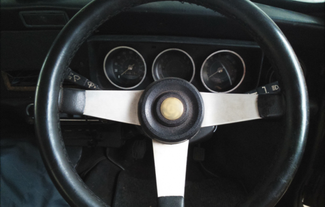 Original steering wheel Leyland Mini GTS copy.png