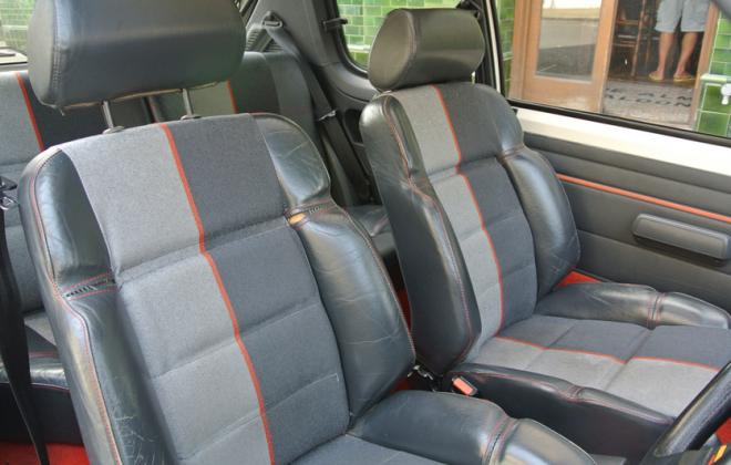 Peugeot 205 GTI Phase 1 Quattro Velour trim.png
