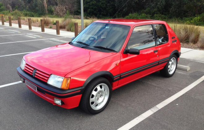 Peugeot 205 GTI Phase 1 cherry red paint le mans red.png