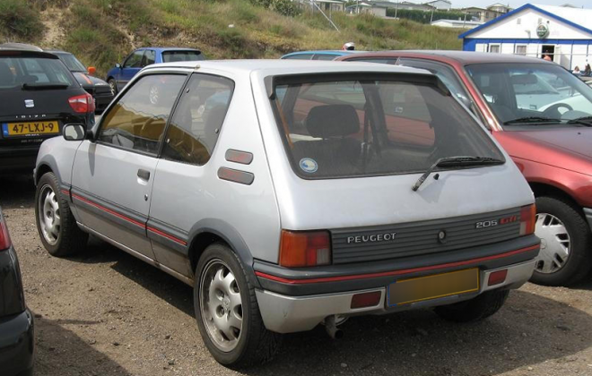Peugeot 205 GTI Silver paint Phase 1 1987.png