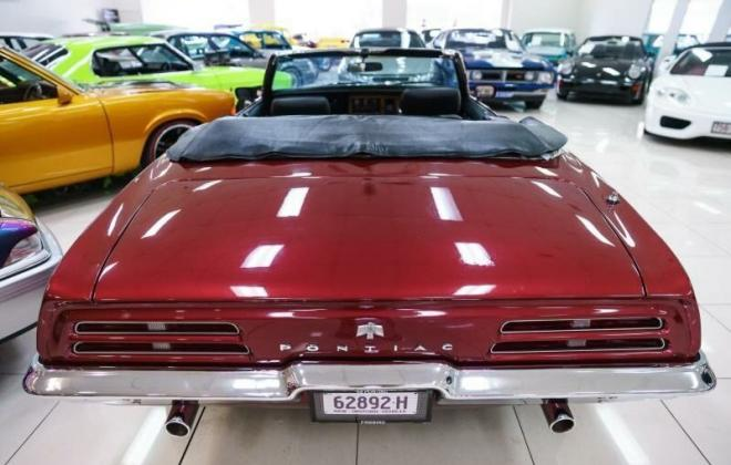 Pontiac Firebird rear light.jpg