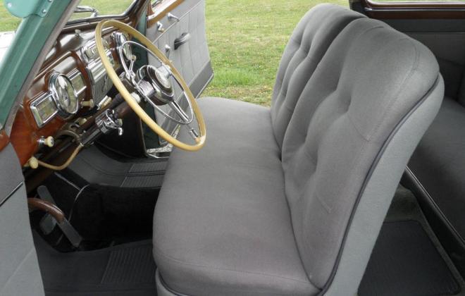 Pontiac Streamliner front seats.jpg