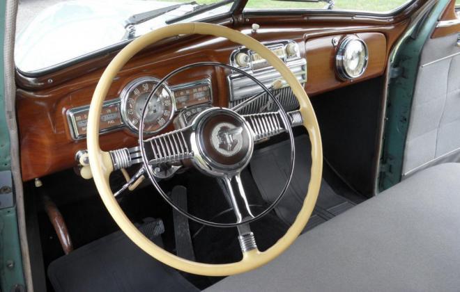 Pontiac Streamliner steering wheel.jpg