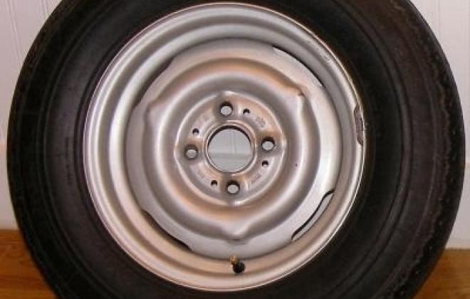 Pre 74 stock wheel without cap.jpg