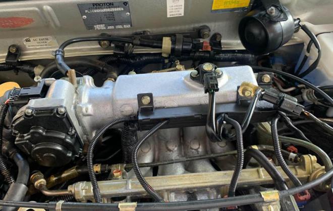 Proton Satria GTi throttle body injectors.jpg