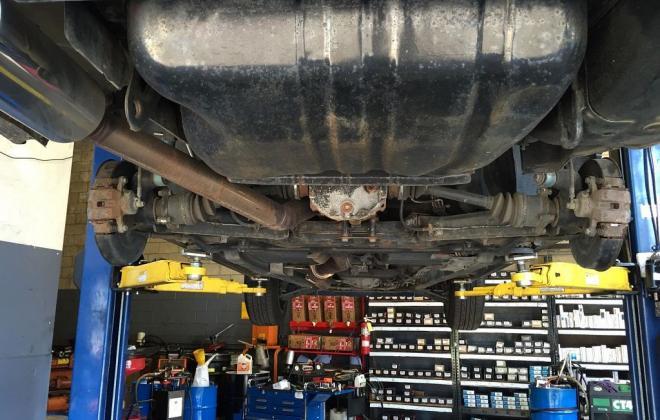 R31 GTS-R under car picture.jpg