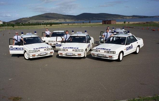 R31 Skyline Silhouette GTS Australian Tasmanian police car GTS1 SVD 1988 (2).jpg