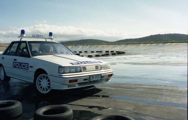 R31 Skyline Silhouette GTS Australian Tasmanian police car GTS1 SVD 1988 (7).jpg