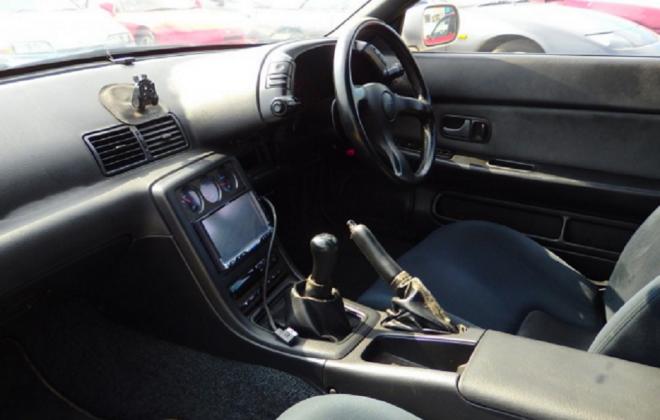 R32 GTR V-Spec II silver 1994 interior 1.png