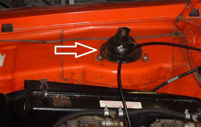 RS2000 Chassis number stamping location MKw.jpg
