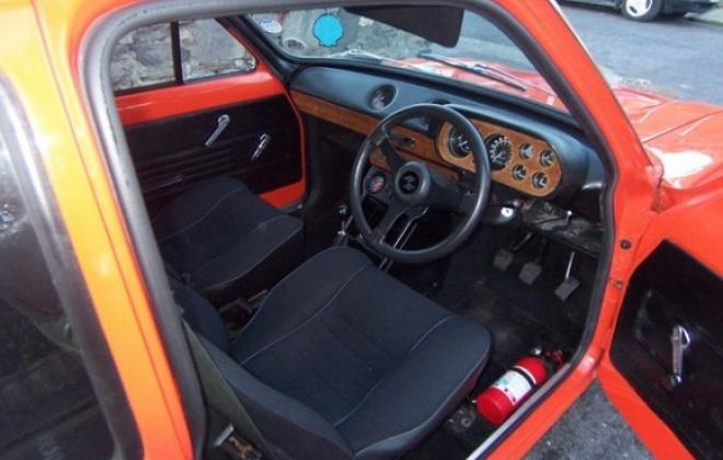 RS2000 mk1 interior.jpg
