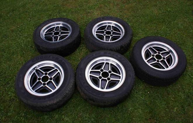 RS2000 wheels 1.jpg