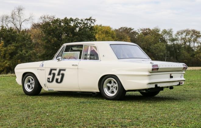 Racing prepared Studebaker Daytona 1964 (7).jpg
