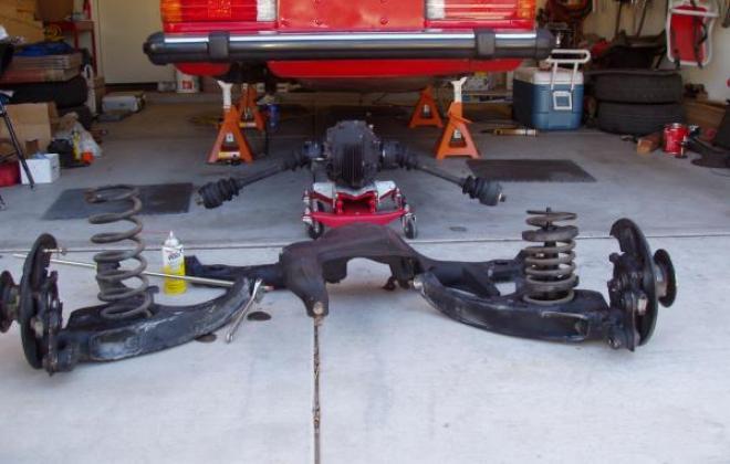 Rear suspension 560SL.jpg