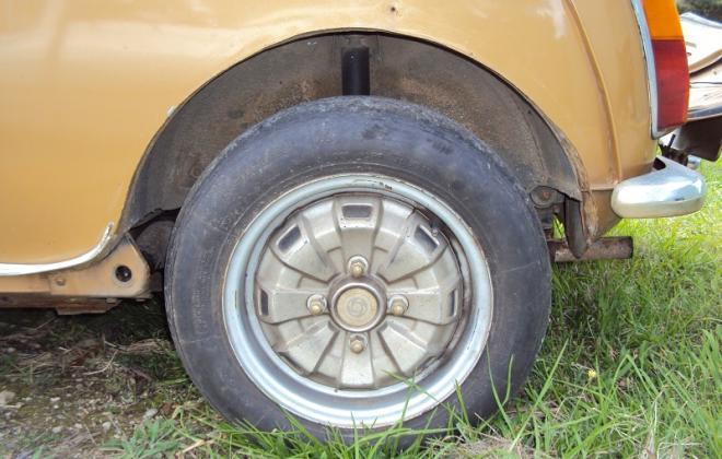 Rear wheel Leyland Mini 1275LS.jpg