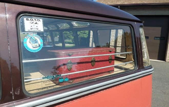 Rear window VW Samba Bus Microbus deluxe.jpg