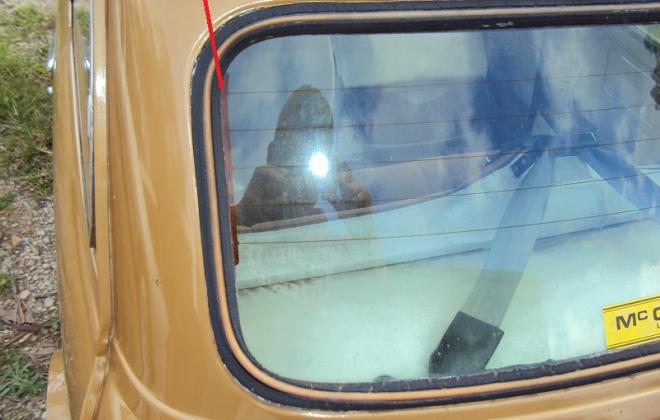 Rear window demister Leyland Mini 1275LS.jpg