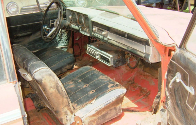 Red Daytona Sport Sedan Studebaker interior unrestored (1).png