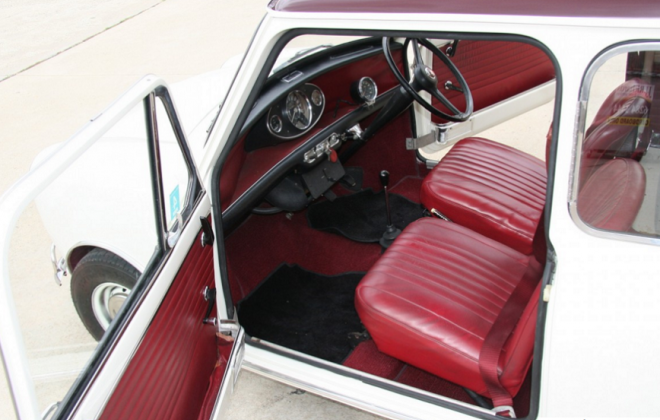 Red interior Australian MK1 Cooper S 4.png