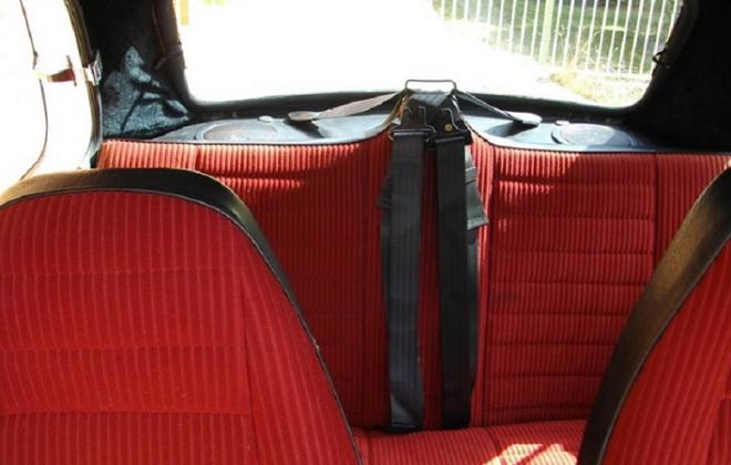 Red interior Leyland Mini 1275LS Hi-Ho SIlver.png