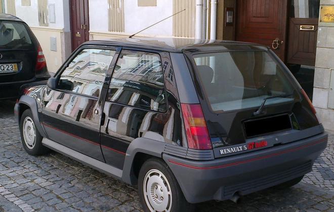 Renault 5 GT Turbo Phase 1 bacj.jpg