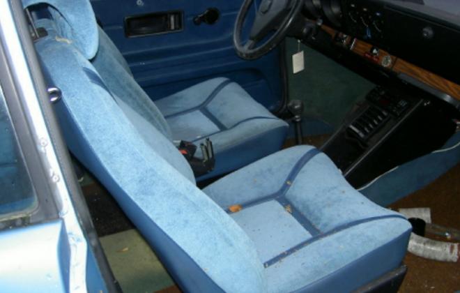 Saab 99 turbo blue seats.png