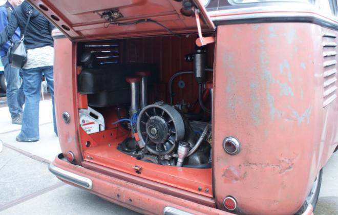 Samba bus engine bay.png