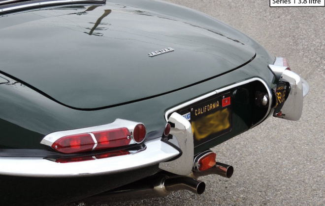 Series 1 Jaguar Xk-E E-Type rear badge OTS.png