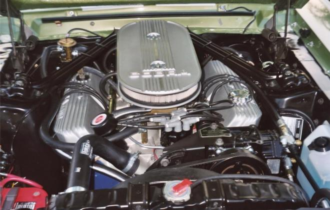 Shelby GT 500 engine 2.jpg