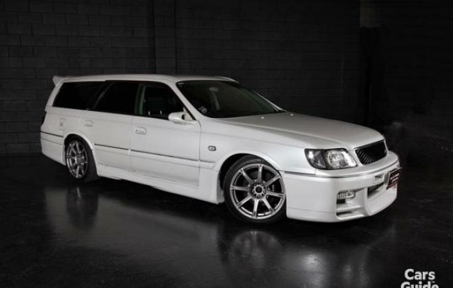 Silky Snow Pearl White Nissan Stagea 260RS (7).jpg