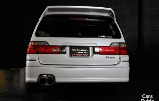 Silky Snow Pearl White Nissan Stagea 260RS (9).jpg