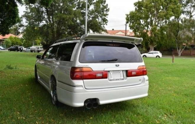 Silky Snow Pearl White Nissan Stagea 260RS 1998 series 1 model white NSW Australia (19).png