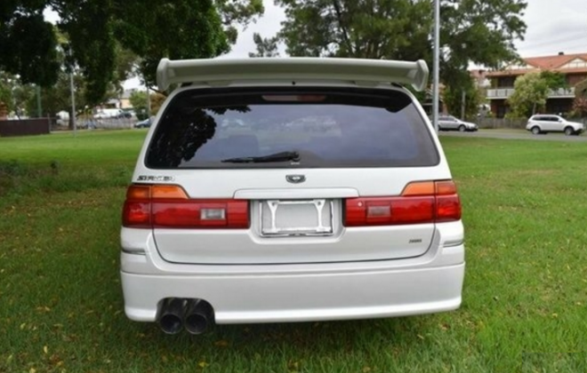 Silky Snow Pearl White Nissan Stagea 260RS 1998 series 1 model white NSW Australia (20).png
