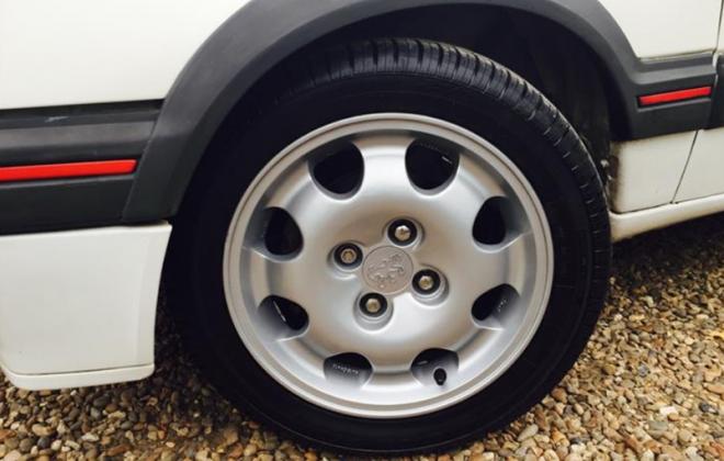 Speedline 15 inch wheels 205 GTI.png