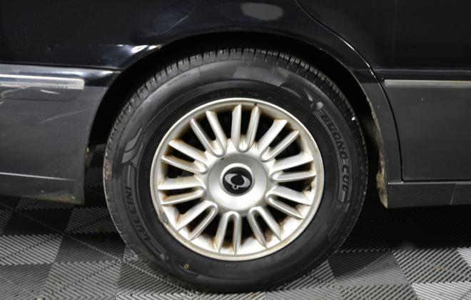Ssangyong Chairman Sedan Australia Black on Grey colour images 2020 (11).jpg