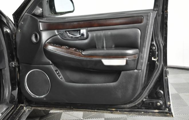 Ssangyong Chairman Sedan Australia Black on Grey colour images 2020 (34).jpg