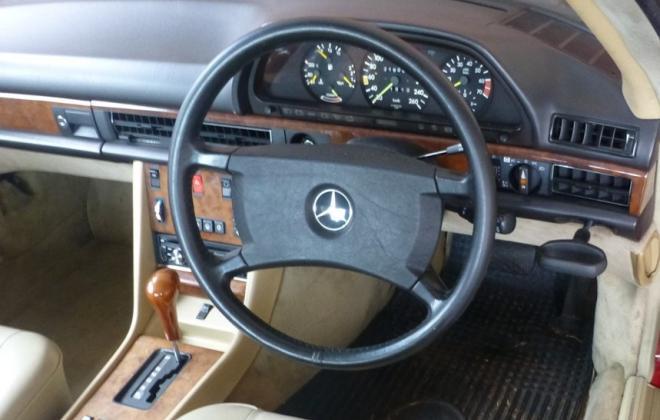 Standard steering wheel 560sec.jpg
