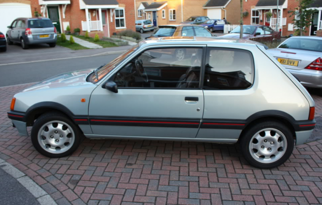 Topaz Blue 205 GTI Phase 1.5.png