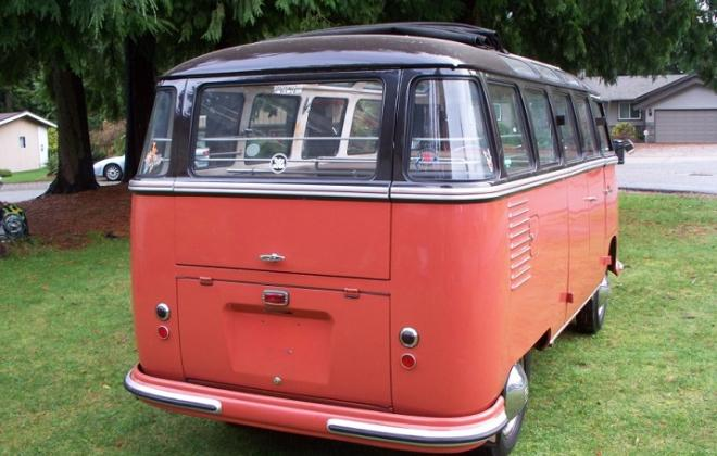 US-spec bubble tail lights Volkswagen Deluxe Microbus 1.jpg