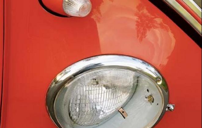 US-spec headlights and bullit indicators Volkswagen Deluxe Microbus Samba (2).png