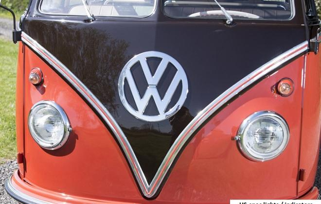US-spec headlights and bullit indicators Volkswagen Deluxe Microbus Samba (1).jpg