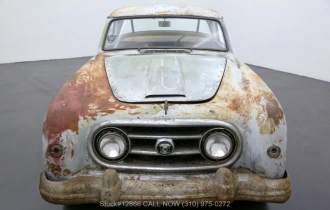 Unrestored 1955 Nash Healey silver USA (1).jpg