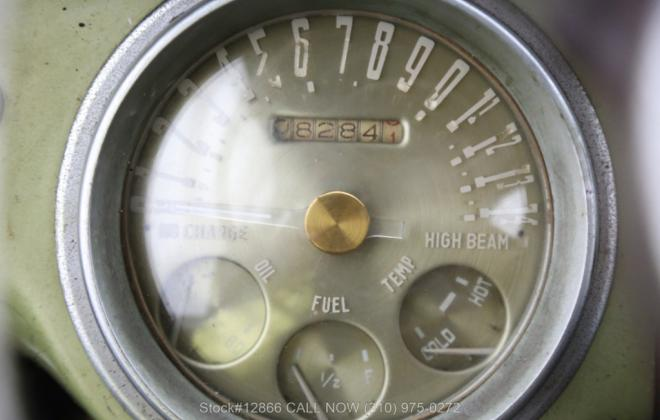 Unrestored 1955 Nash Healey silver USA (14).jpg